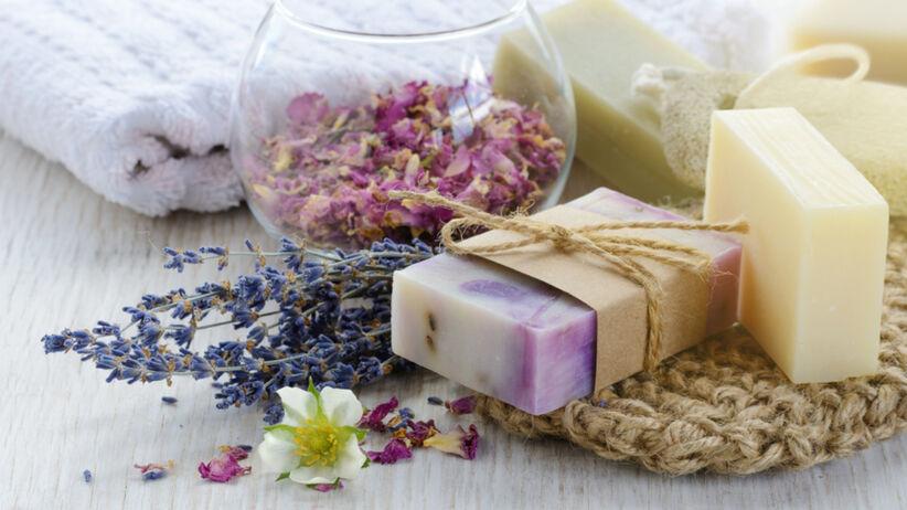 Domowe mydełka z dodatkiem lawendy