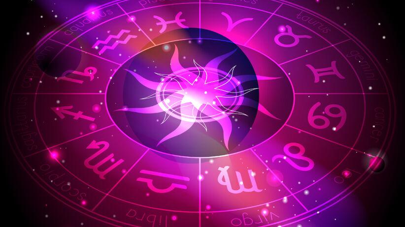Znaki zodiaku symbole na tle gwiazd