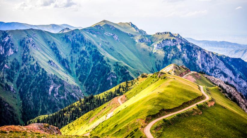 Czy sen o górach oznacza coś pozytywnego? Oto popularne interpretacje!