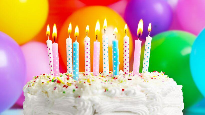 Dekoracje tortu urodzinowego