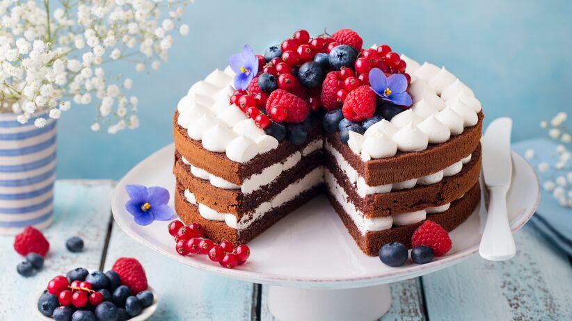 Dekoracje z owoców na tort
