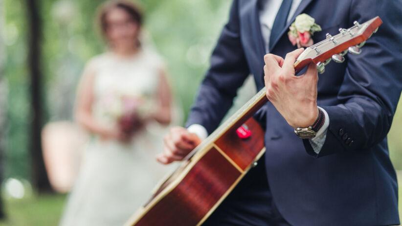 muzyk na weselu