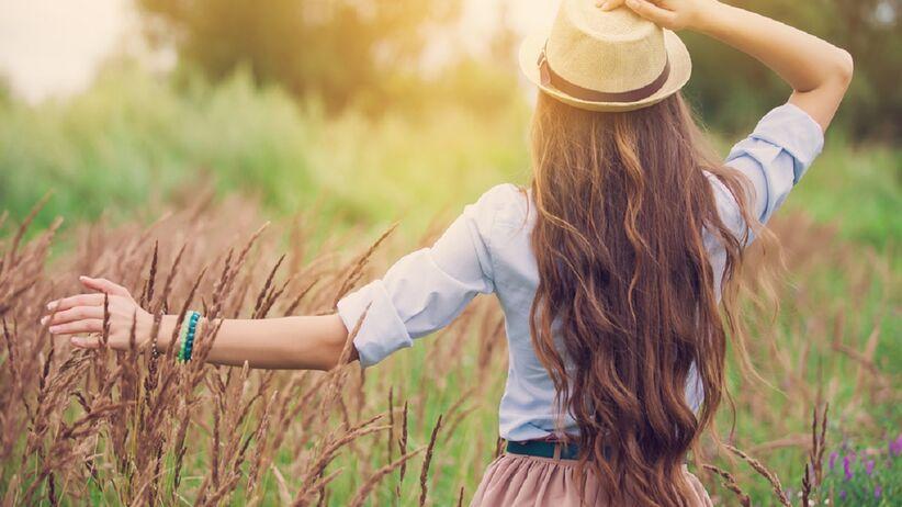 Gęste, naturalne włosy