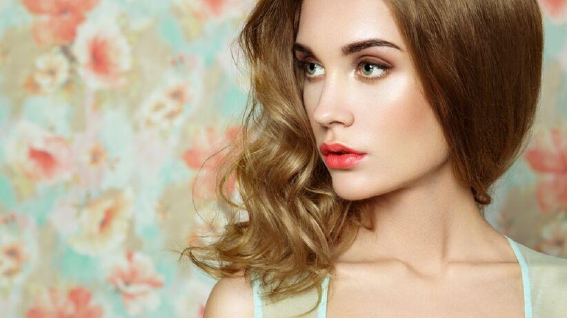 Kobieta z makijażem