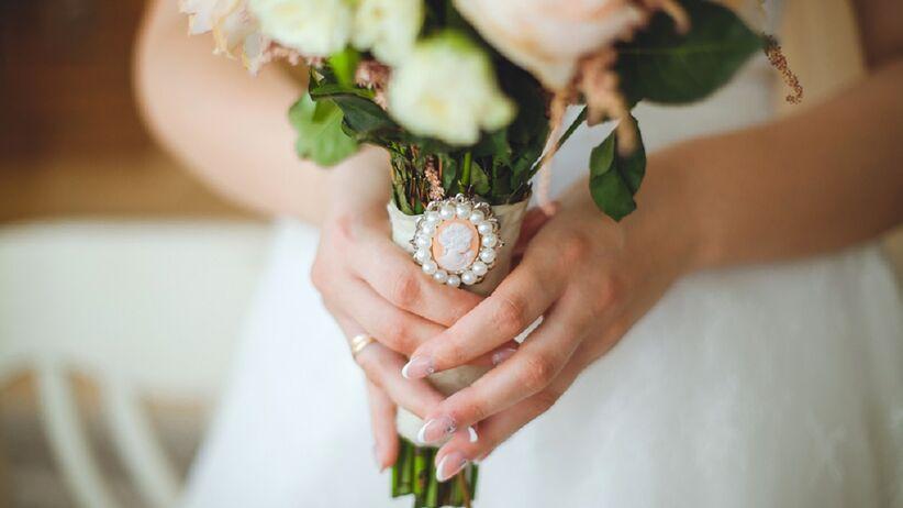 Ślubny manicure 2019