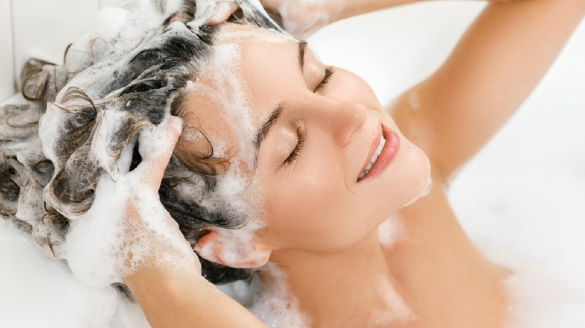 Mycie włosów
