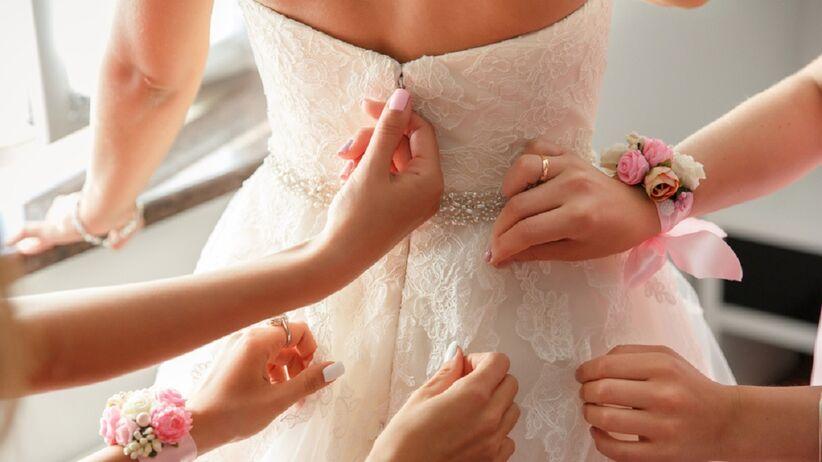 Planujesz ślub w 2020 roku? Zobacz, jakie suknie będą na topie!