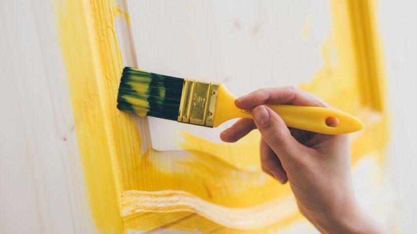 Jak pomalować drzwi?