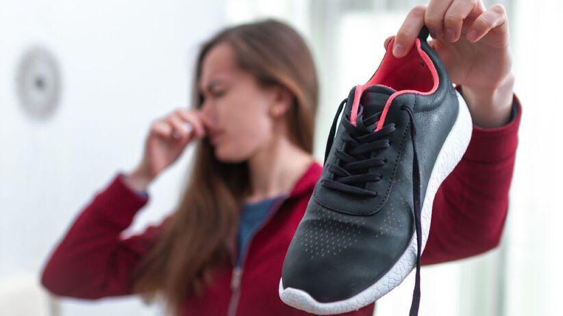 Co zrobić, gdy buty śmierdzą?