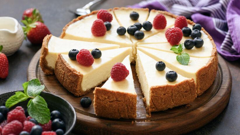 Ciasto na imieniny – 3 przepisy, które zaskoczą gości