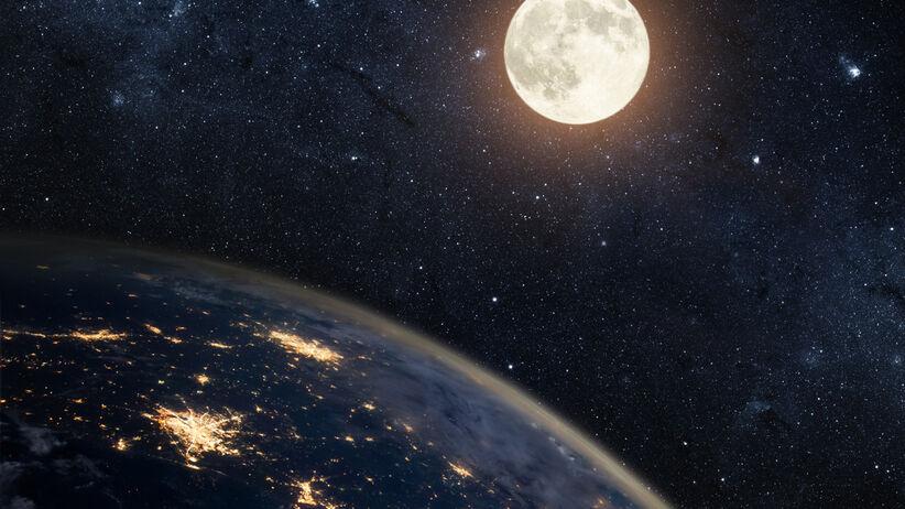 Księżyc i Ziemia