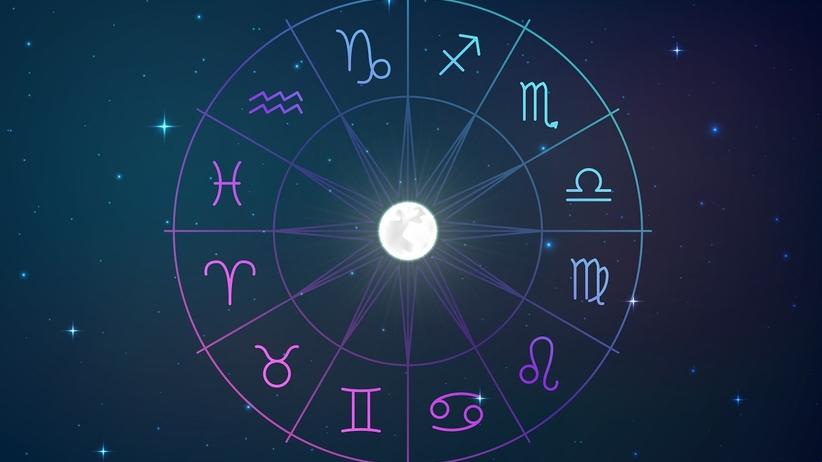 Horoskop miesięczny na sierpień