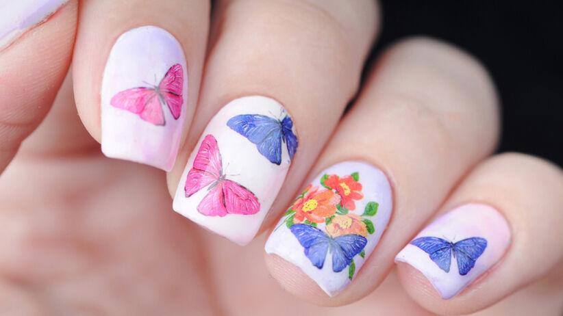 Butterfly nails wykonane pastelowymi kolorami