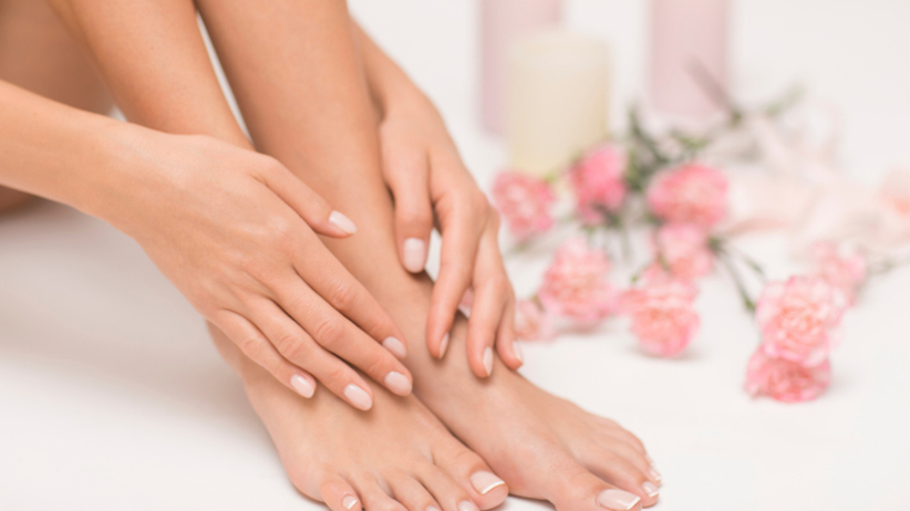Piękne, białe i zadbane paznokcie