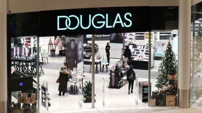 Douglas ozdobiony na Boże Narodzenie w galerii