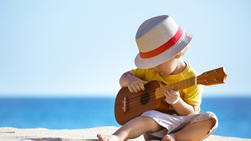 Chłopczyk na plaży