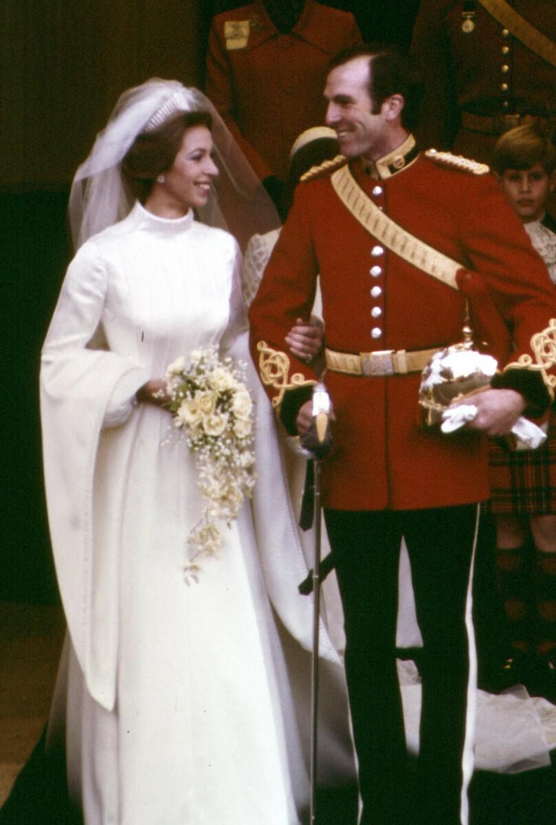 Księżniczka Anna i Mark Phillips w dniu ślubu