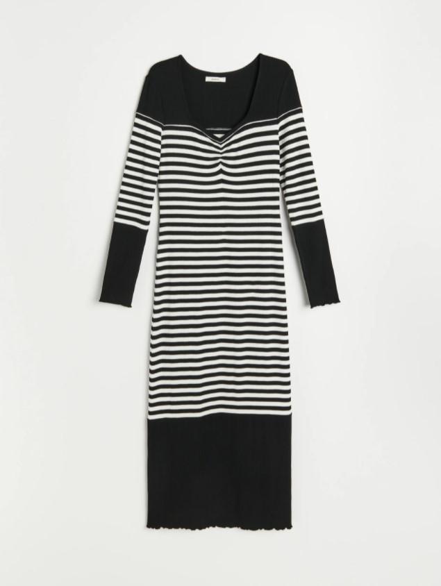 Sukienka w prążki z Reserved