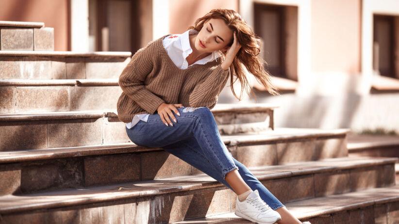 Trendy 2021: modne jeansy 3/4 w Lidlu za 34,99 zł