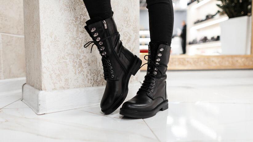modne botki czarne