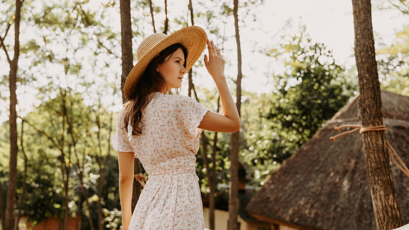 modna sukienka z zary