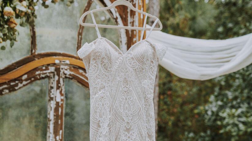 Zara: kolekcja ślubna. Suknie ślubne, bielizna, dodatki w przystępnych cenach