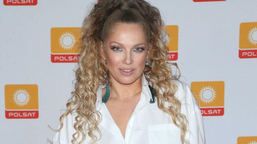 Modne fryzury: Joanna Liszowska zmieniła kolor włosów. Wygląda jak Jennifer Lopez?