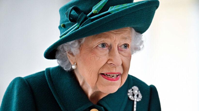 Królowa Elżbieta ma swój sekret urodowy. Chodzi o jej makijaż