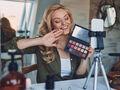 Makijaż przy użyciu papieru toaletowego - ten trik podbija TikToka