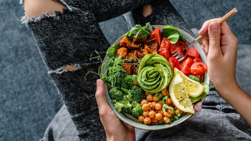 Codziennie przez miesiąc jadła warzywa na śniadanie. Jakie efekty zauważyła?