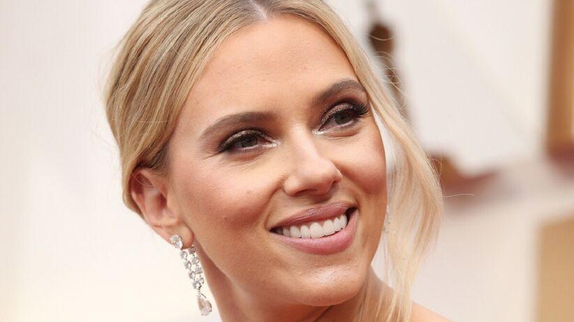 Scarlett Johansson ma sobowtóra. Ta dziewczyna wygląda identycznie jak aktorka