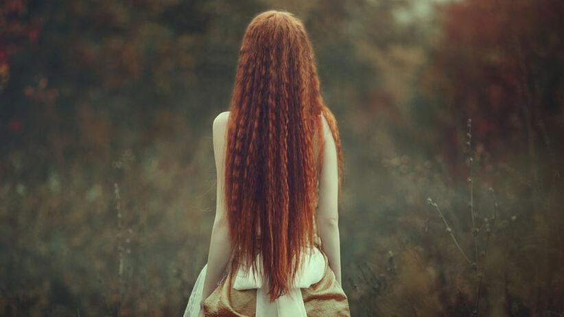 """Ta współczesna """"Roszpunka"""" ma 1,5-metrowe włosy. Pielęgnuje je 16 godzin tygodniowo"""