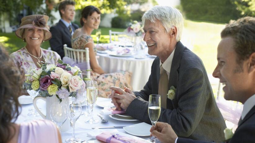 Mama pana młodego zmieniła listę gości weselnych Zaprosiła swoich przyjaciół