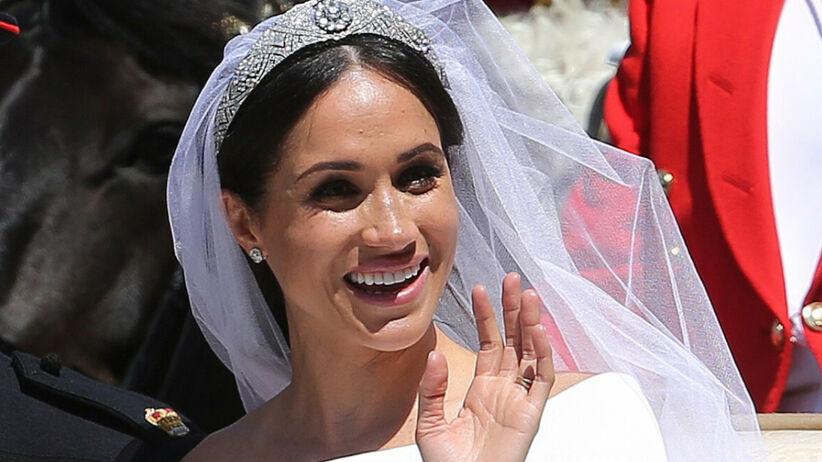 Meghan Markle obraziła królową Elżbietę. Zrobiła to podczas ślubu z Harrym