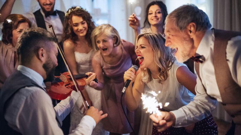 Najgorsze rzeczy, jakie mogą zrobić goście weselni