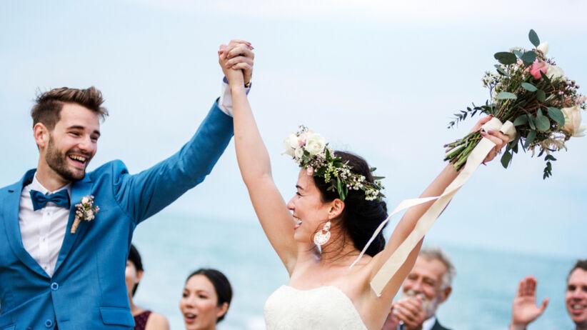 Panna młoda wysłała gościom zasady na ślub i wesele - są absurdalne
