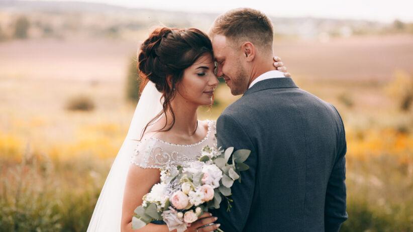 Stres przed ślubem - jak sobie z nim poradzić podczas przygotowań i przed ceremonią?