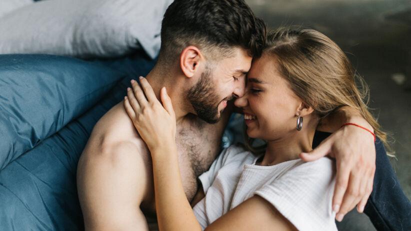 Orgazm to nie tylko przyjemność. Może mieć nietypowe skutki uboczne